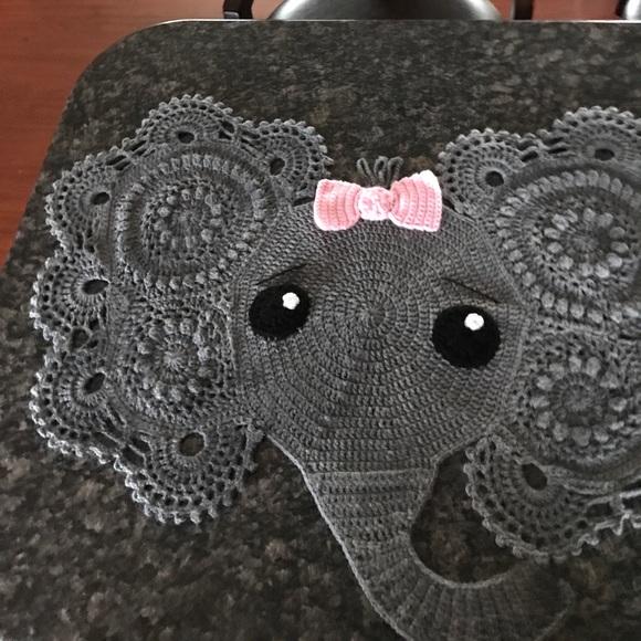 10 Crochet Elephant Rug Patterns – Stricken Wolle   580x580